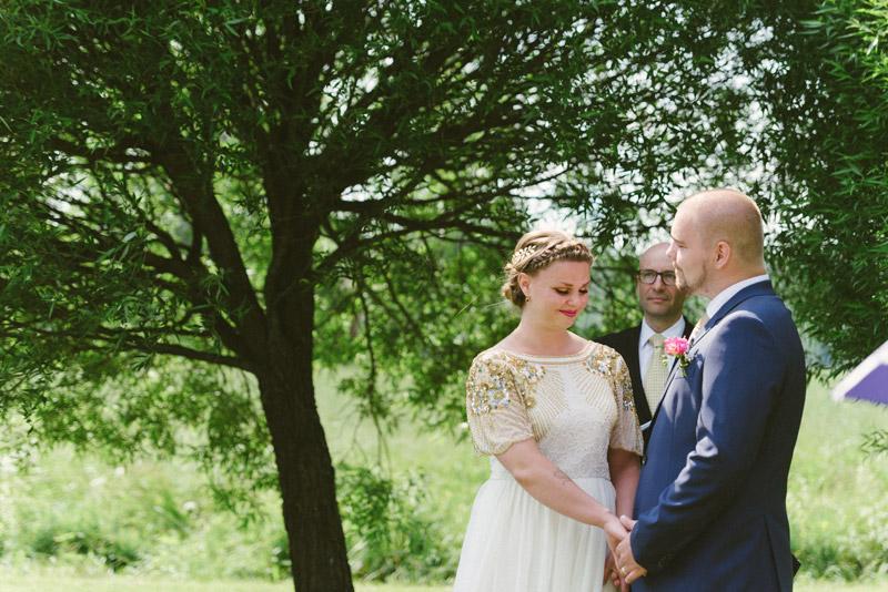 Borgerlig vigsel i Nicky Sibbo bröllopsfotograf Julia Lillqvist