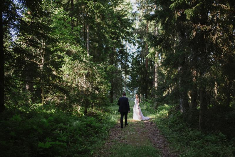 dokumentaarinen hääkuvaaja Turku Helsinki hääkuvaus