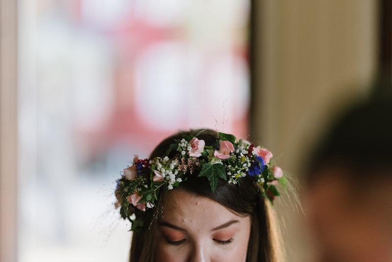 hat theme wedding photographer