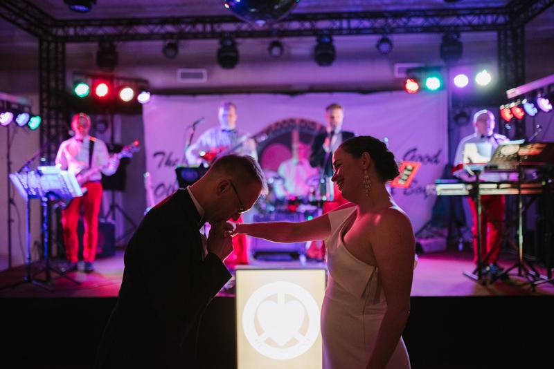 wedding storyteller helsinki valkokuvaaja
